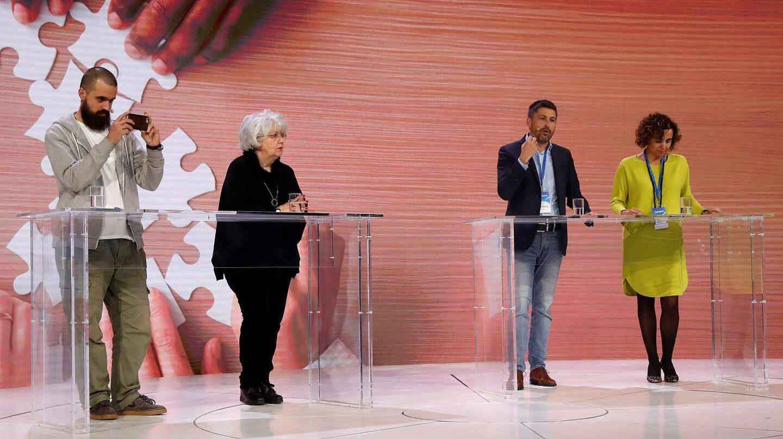 Jaume Vives (a la izquierda), en la Convención Nacional del PP junto a Teresa Freixas, José Rosiñol y Dolors Montserrat.