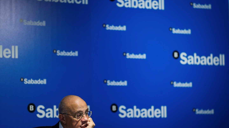 CaixaBank y Sabadell se desploman más de un 7% en su peor jornada desde el Brexit.