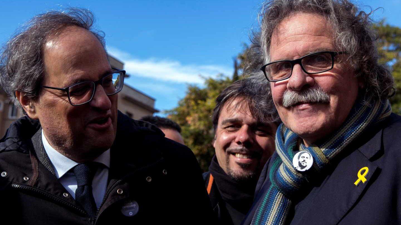 El presidente de la Generalitat, Quim Torra, y el diputado de ERC Joan Tardà.