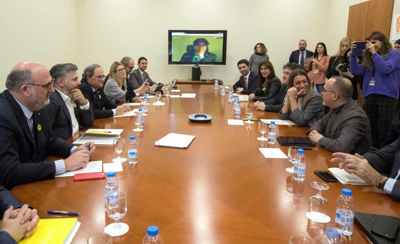 Puigdemont, en videoconferencia en la reunión de PDeCAT sobre los Presupuestos.