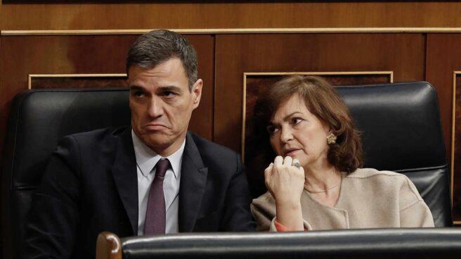 Pedro Sánchez y Carmen Calvo, en el debate de Presupuestos.