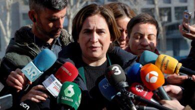 Colau y otros 43 alcaldes afean a Torra que no haya repartido aún las ayudas de comedor