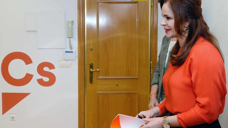 La expresidenta de las Cortes de Castilla y León, Silvia Clemente, en la sede de Ciudadanos.