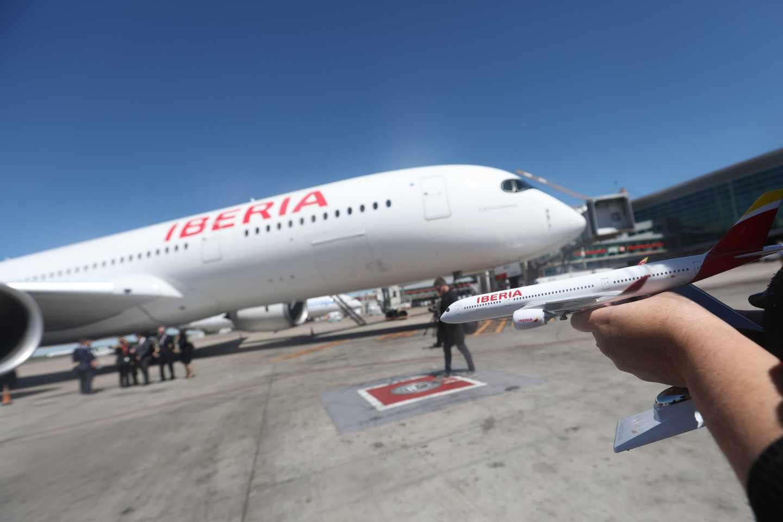 Un avión Airbus A350 de Iberia.