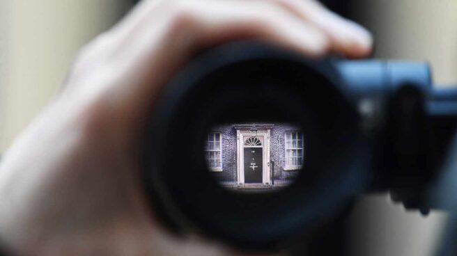 Fachada de la residencia del primer ministro británico en Downing Street.