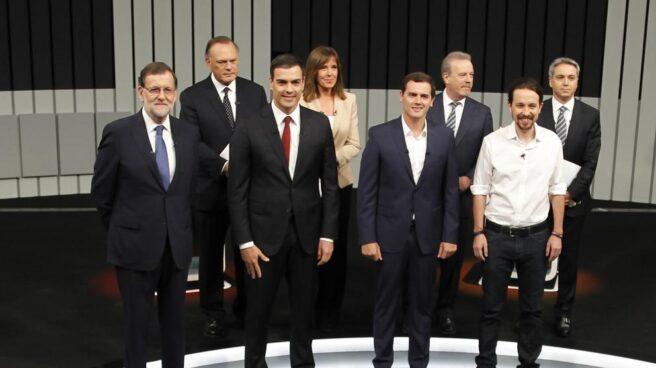 Debate en televisión con Rajoy, Sánchez, Rivera e Iglesias.