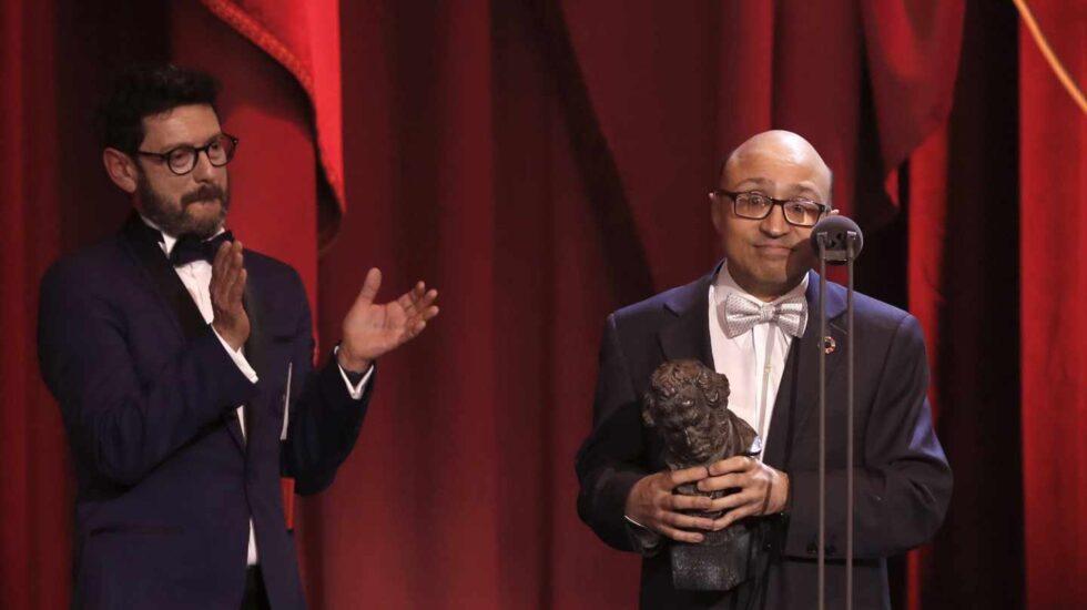 El actor Jesús Vidal recibe el Goya a Mejor Actor Revelación, por su papel en 'Campeones'.