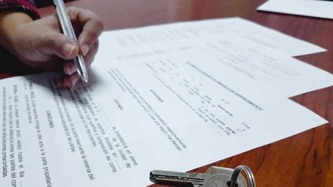 Firma de un préstamo hipotecario