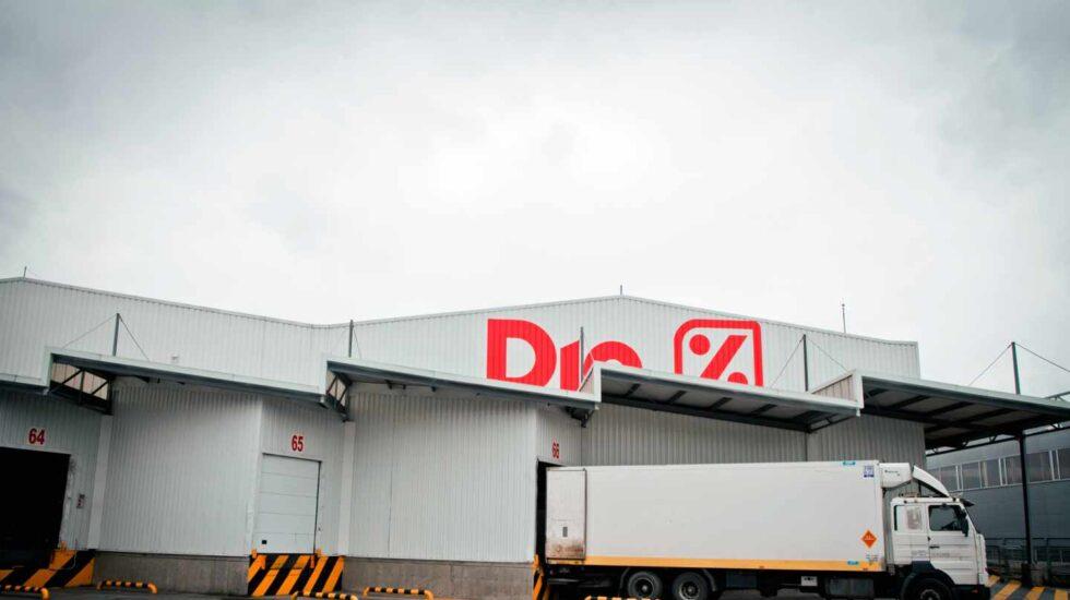 Dia comunica a los sindicatos sus planes para cerrar 287 tiendas y tres almacenes.