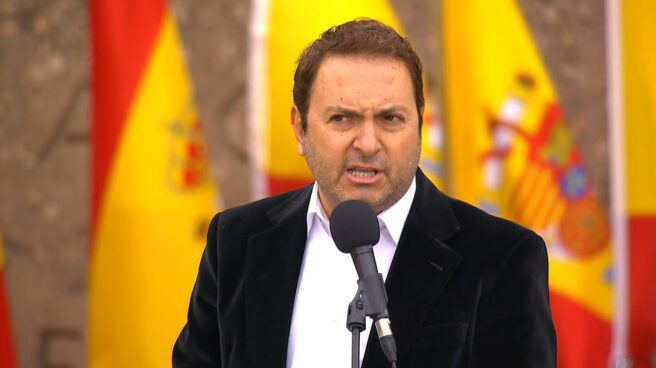 El periodista Albert Castillón, en la plaza de Colón.