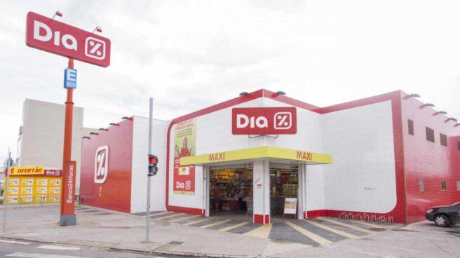 Tienda del grupo de supermercados Dia en Brasil.