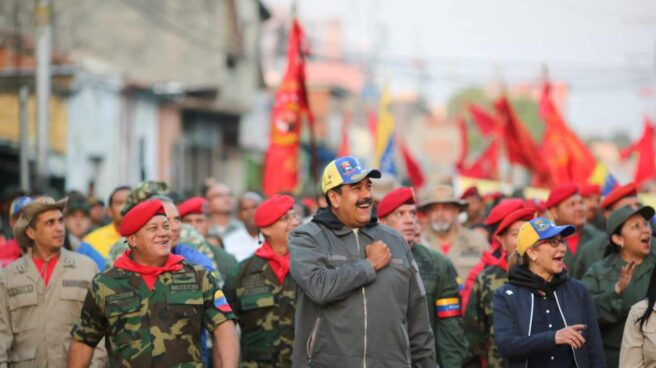 Diosdado Cabello (izquierda), junto a Nicolás Maduro durante una concentración chavista.