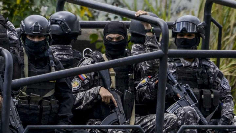 Efectivos de la Fuerza de Acción Especial (FAES) en Caracas.