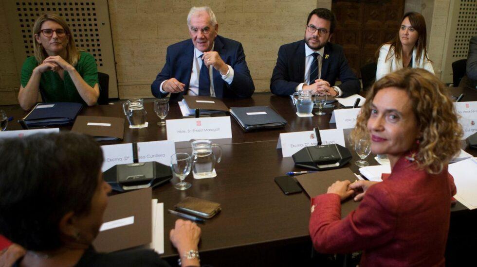 """Imagen de una de las reuniones """"bilaterales"""" Gobierno-Generalitat"""