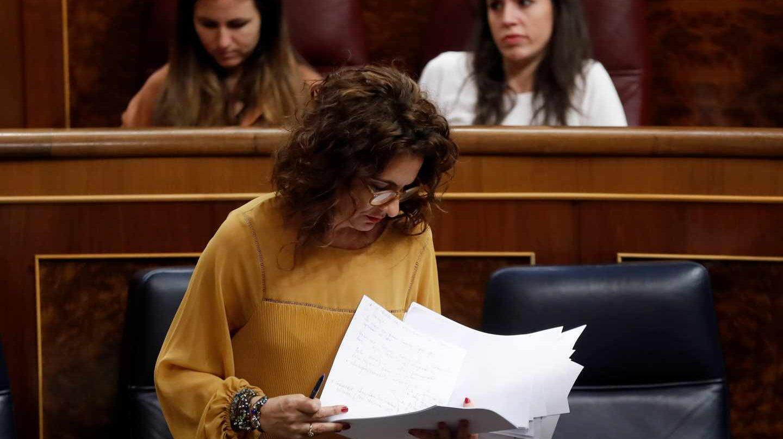 La ministra de Hacienda, María Jesús Montero, durante la votación a los Presupuestos Generales del Estado.