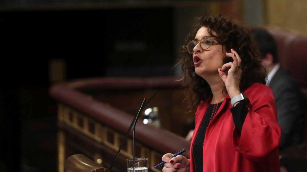 La ministra de Hacienda, María Jesús Montero, durante el debate de totalidad de los Presupuestos 2019.