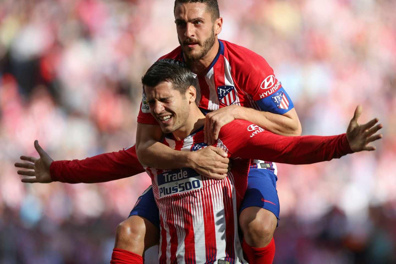 Los jugadores del Atlético de Madrid Morata y Koke celebrando un gol.