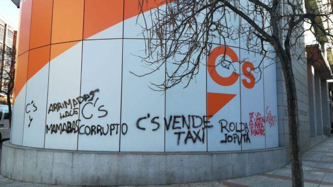 Pintadas en la sede nacional del Ciudadanos.