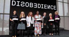 Mujer y niña en la ciencia: una carrera también contra el acoso
