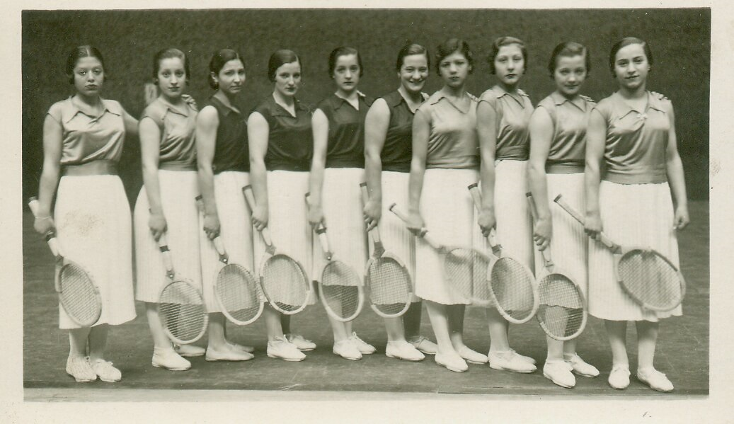 Mujeres raquetistas.