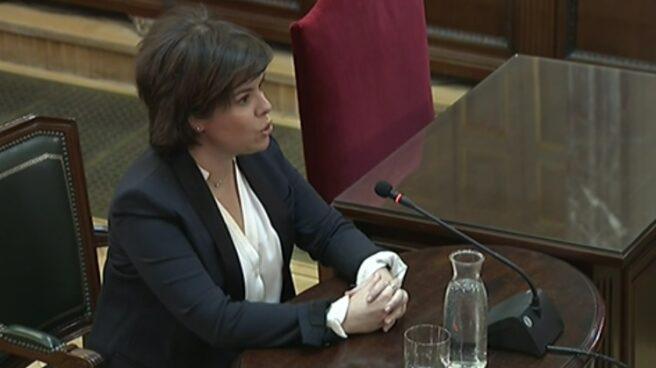 La ex vicepresidenta del Gobierno Soraya Sáenz de Santamaría, al inicio de su declaración en el Tribunal Supremo.
