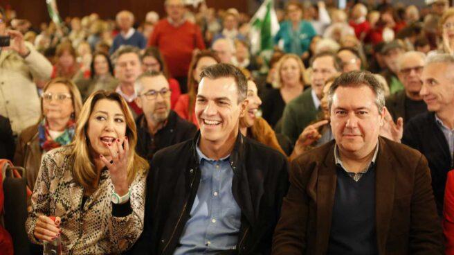 Susana Díaz, Pedro Sánchez y Juan Espadas, este sábado en Sevilla.