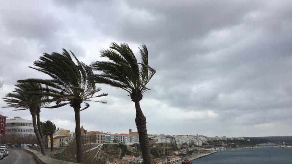 Rachas de viento provocadas por la borrasca Helena.