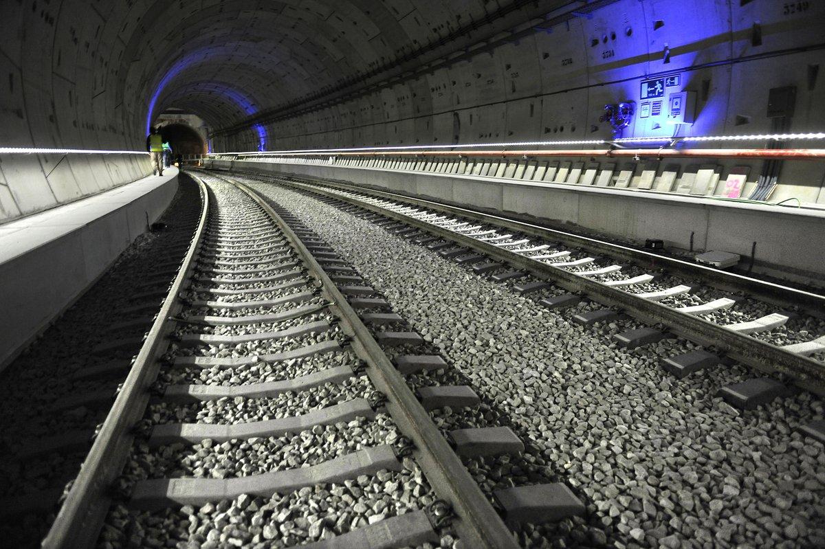 Interior del tercer 'Túnel de la Risa' entre Atocha y Chamartín, en abril de 2016.