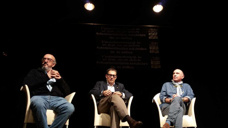 Jaume Roures, Jaume Alonso Cuevillas y Lluis Llach.
