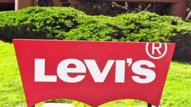 Levi's debuta en Wall Street con subidas superiores al 30%.