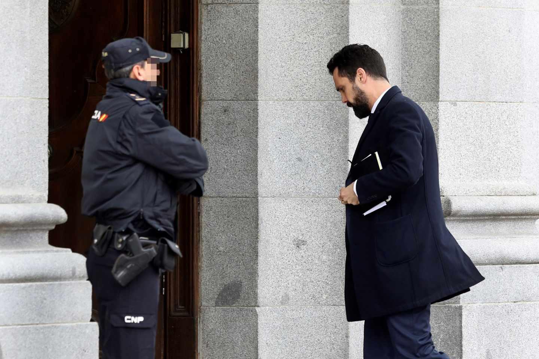 El presidente del Parlament, Roger Torrent, a su llegada al Tribunal Supremo.