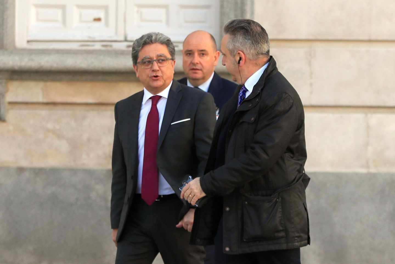 El ex delegado del Gobierno en Cataluña, Enric Millo, a su llegada al Tribunal Supremo.