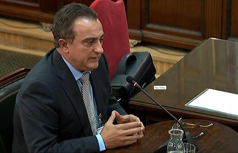 El comisario de los Mossos Manel Castellví, en el Supremo.