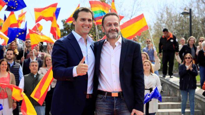 Edmundo Bal, junto al líder de Ciudadanos, Albert Rivera.