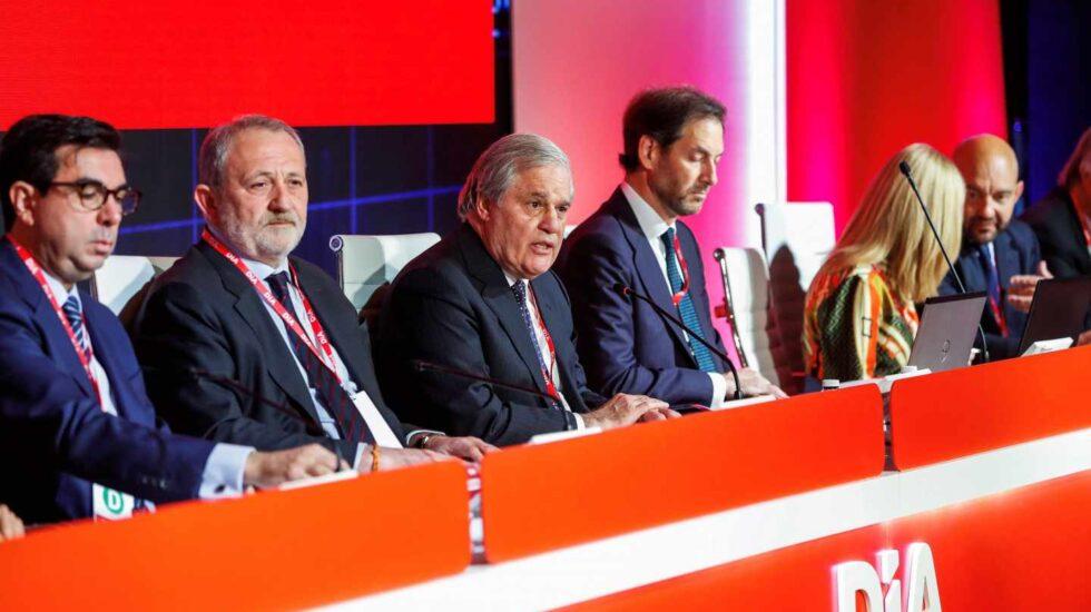 Miembros del consejo de Dia durante la junta de accionistas celebrada este miércoles.