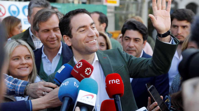 """El secretario general del PP, Teodoro García Egea, atiende a los medios en la """"'Marcha por la vida' convocada por Plataforma Sí a la Vida."""