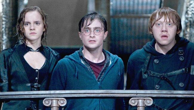 Fotograma del cast de Harry Potter durante la séptima entrega