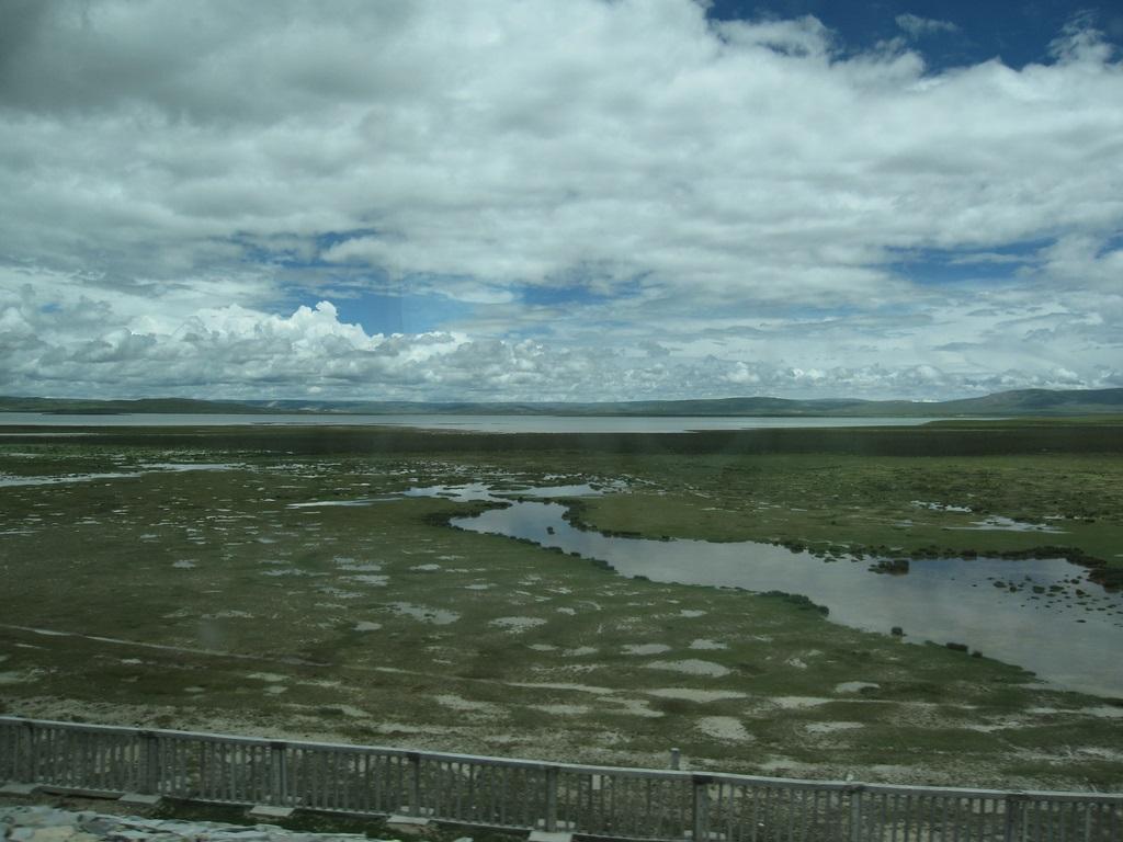 El espesor del permafrost puede ir desde los 5 centímetros hasta los 1.5 kilómetros.