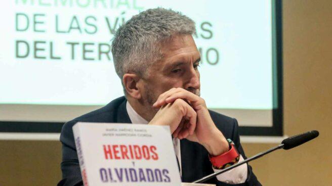 El ministro del Interior, Fernando Grande-Marlaska, en la reciente presentación del libro 'Heridos y olvidados'.