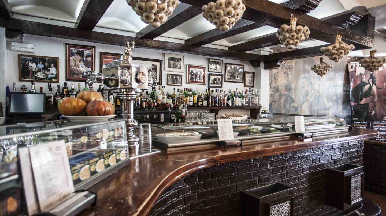 Interior del restaurante Viña P.