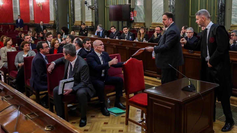 Juicio del procés en el Supremo: a la derecha, el abogado Andreu Van den Eyden.