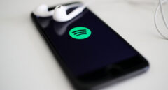 """Apple pasa al ataque contra Spotify: """"No serían lo que son ahora sin nosotros"""""""
