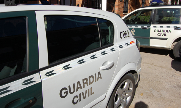 Varias patrullas de la Guardia Civil