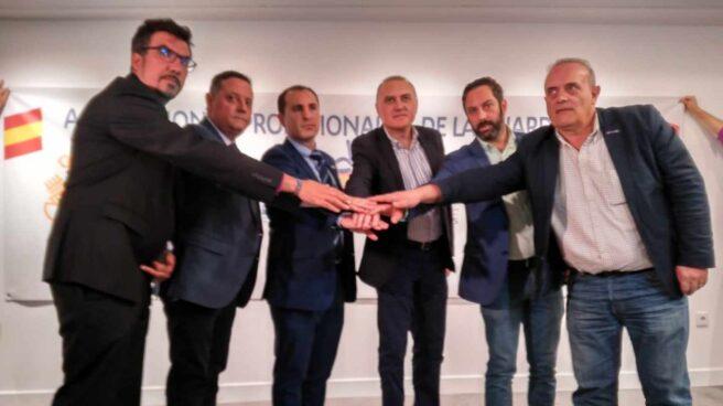 Fernando García (Cabos), Ángel Ramírez (ASESGC), Javier Montes (UO), Alberto Moya (AUGC), Pablo González (AEGC) y Ramón Rodríguez Prendes (UniónGC), este martes en Madrid.