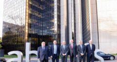 Abertis sale de 'road show' para pedir a los grandes inversores hasta 3.750 millones