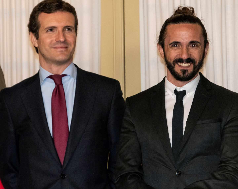 El presidente del Partido Popular Pablo Casado, y Balti Picornell (d), presidente del Parlament Balear.