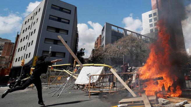 Disturbios de los CDR en Barcelona por el acto de Vox.