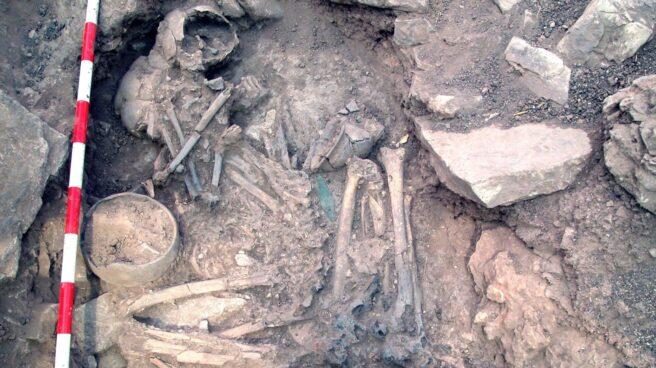 Enterramiento de la pareja que reveló la sustitución de los hombres ibéricos