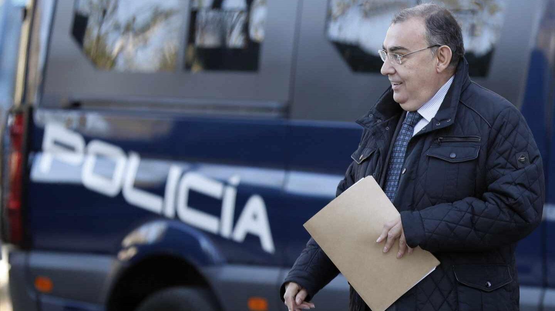 El comisario Enrique García Castaño, llegando este martes a la Audiencia Nacional para declarar ante el juez del 'caso Villarejo'.