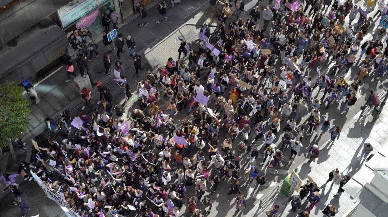 Huelga 8-M: manifestación de estudiantes ante el Ministerio de Justicia.